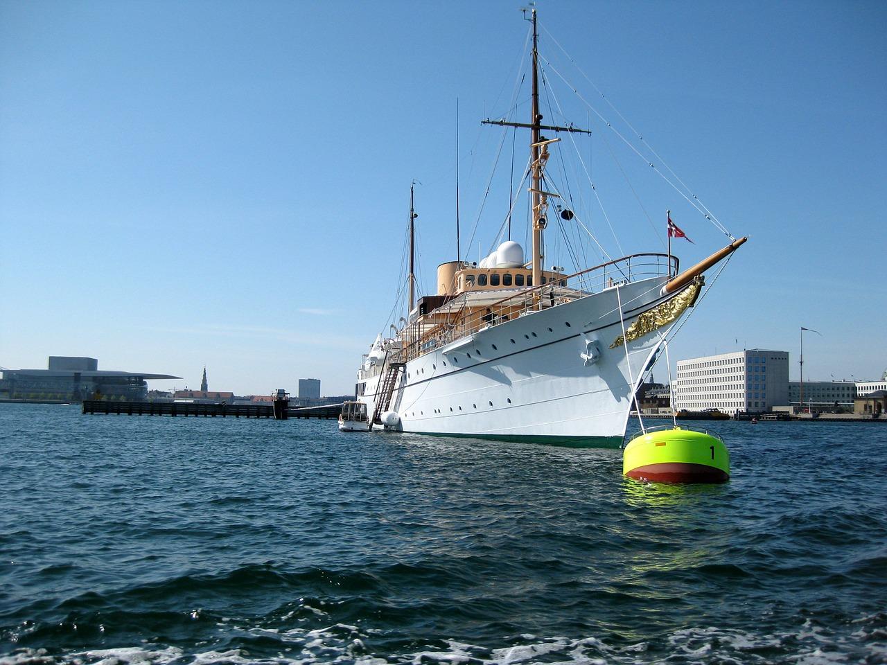 De voor- en nadelen van een eigen boot hebben